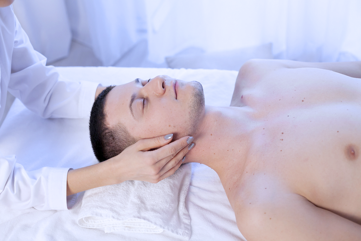 masaje-terapeutico.png